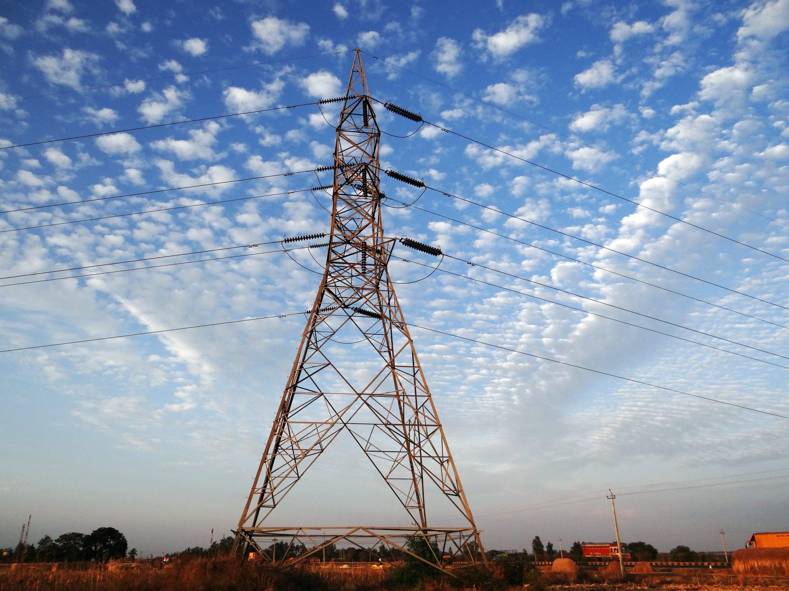 sky-windmill-wind-tower-mast-electricity-1108826-pxhere.com